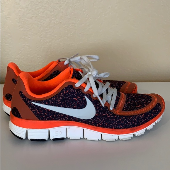 Nike Shoes Dame Free Run 50 SneakerPoshmark Neon Orange mønster gratis løb 50 Poshmark